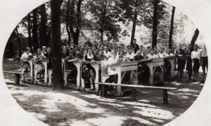 019_Lekcja Matematyki w Ogrodzie Kl 7 05_1934