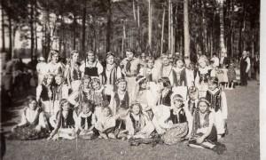 021_Na wycieczce w szubinskim lesie 03_06_1934_1